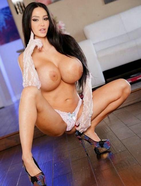 Espectacular Amy Anderssen deja clar quién es la actriz porno árabe con las tetas más grandes