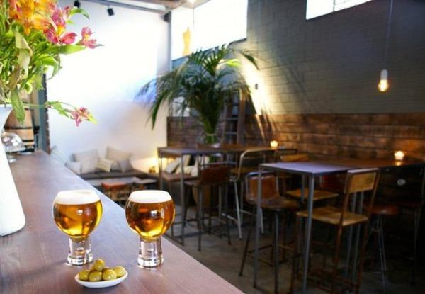 La Urbana Bar: un buen lugar para follar en A Coruña